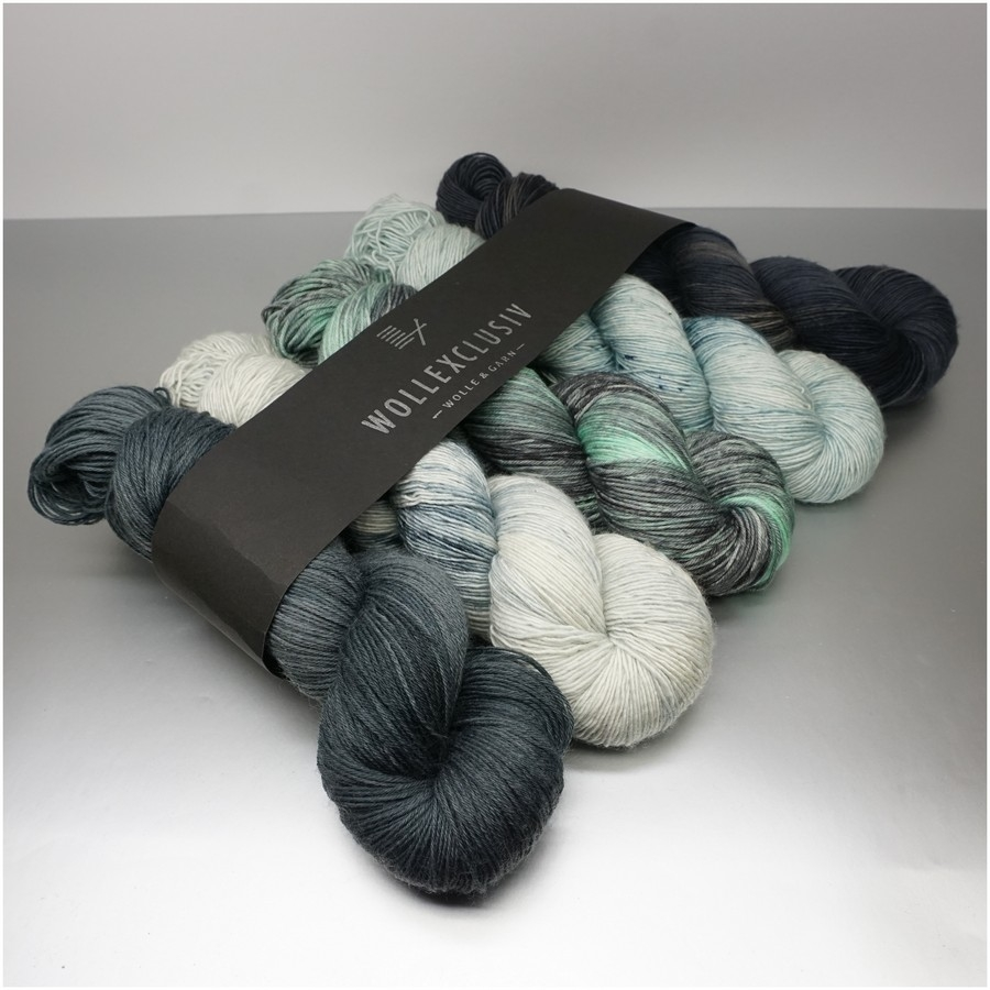 YARN MIX ∣ AFTER EIGHT