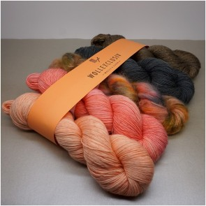 YARN MIX ∣ GRA-Y-VED SALMON