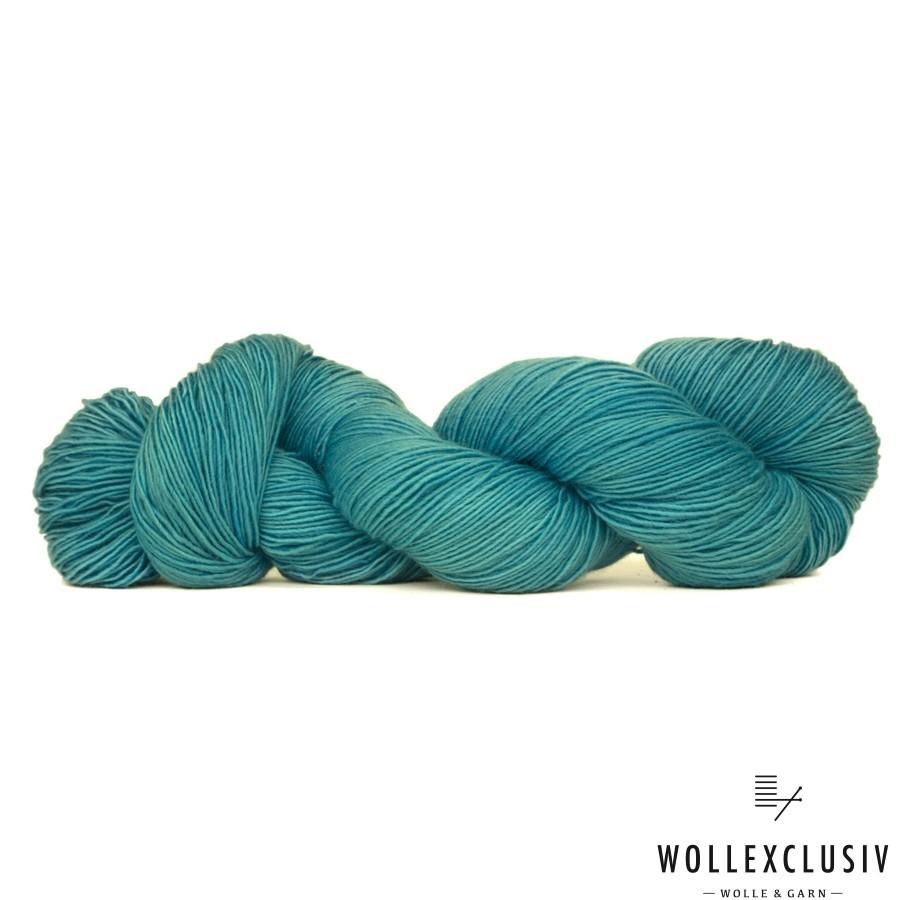 SILKY  SOCKS ∣ WOLLSHOW